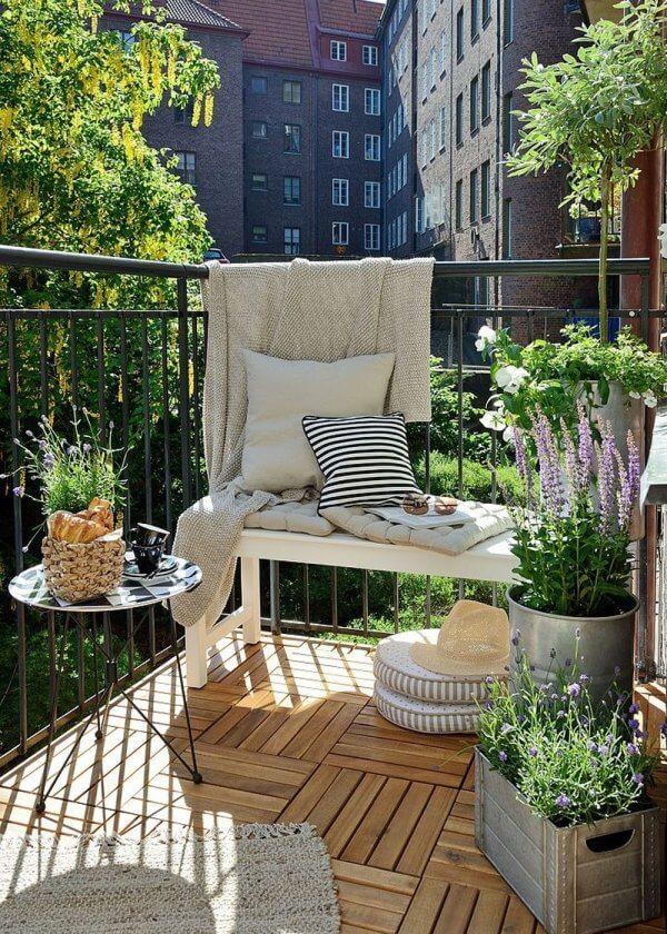 idee per arredare balcone piccolo