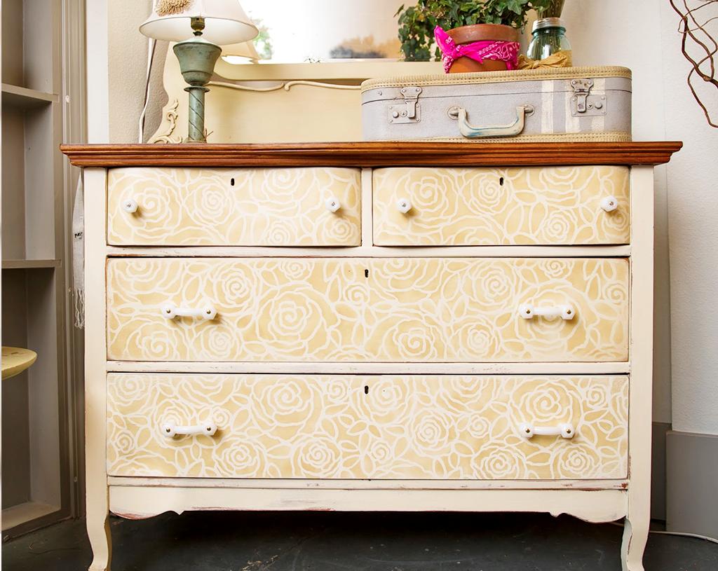 rinnovare vecchia cassettiera con stencil